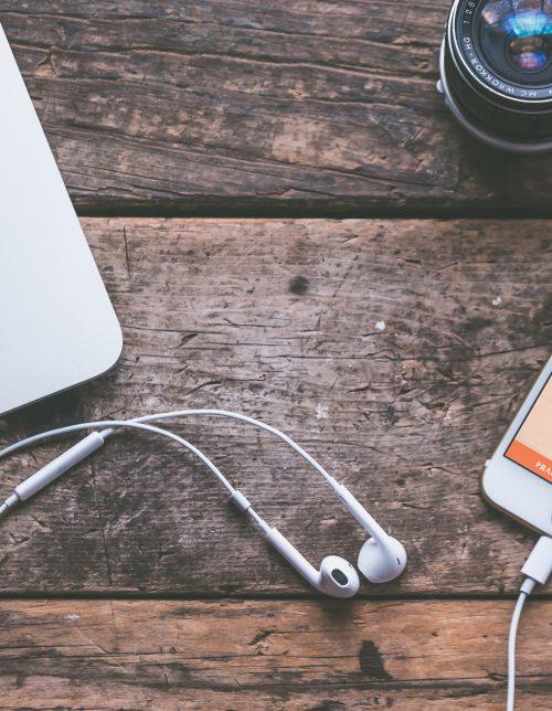 Audiobook-czy-leci-z-nami-krolik